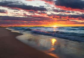 gorgeous-lake-michigan-sunset-beach-waves-sunburst-10150276