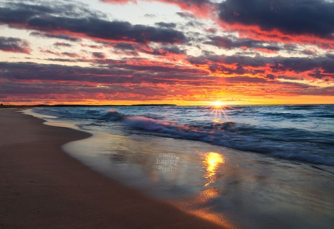 gorgeous-lake-michigan-sunset-beach-waves-sunburst-10150276