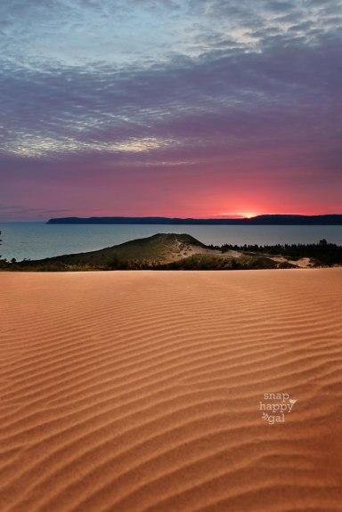 sunrise-sleeping-bear-dunes-wavy-sand-08164243