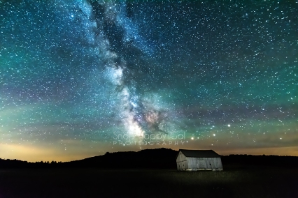 Photo: Milky Way over an old barn in Port Oneida, Michigan