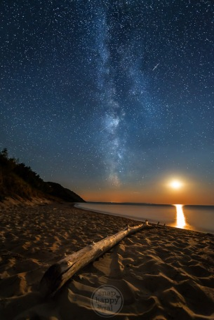 The Milky Way, several meteors and a setting moon make a memorable moment together on Empire Beach