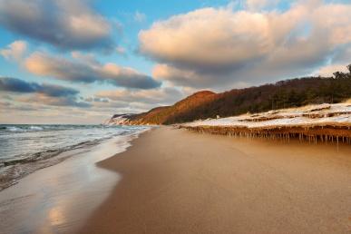 winter-beach-icicles-sleeping-bear-michigan-12180786